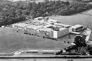 Aerial view of Standard Telecommunication Laboratories (STL) in 1965